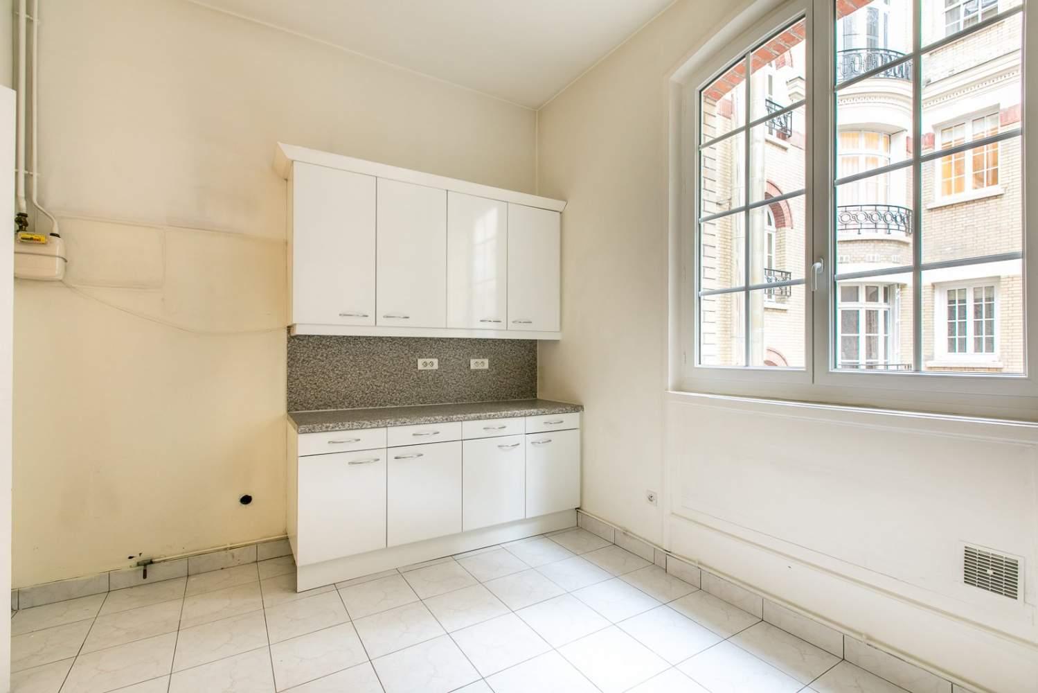 Paris  - Appartement 6 Pièces 3 Chambres - picture 17
