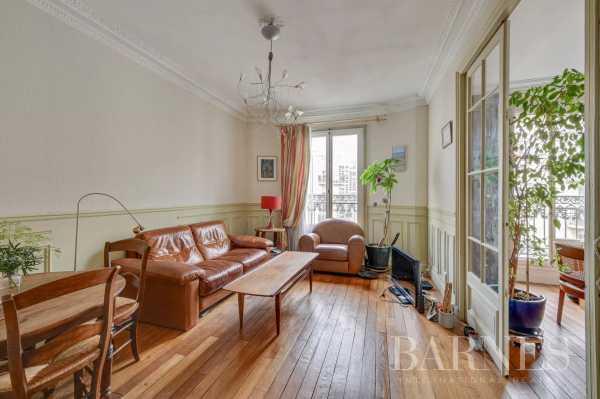 Appartement Paris 75015  -  ref 5235586 (picture 2)