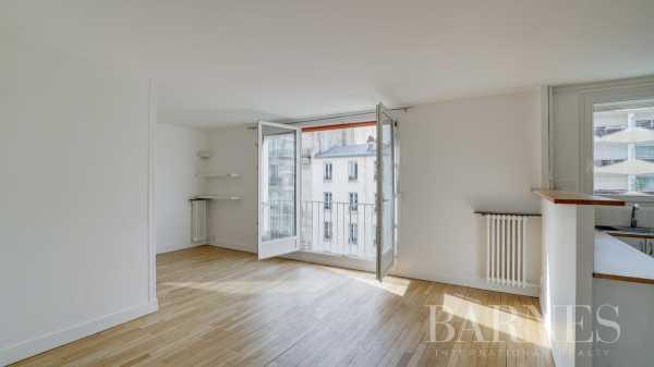 Appartement Paris 75015  -  ref 4380909 (picture 1)