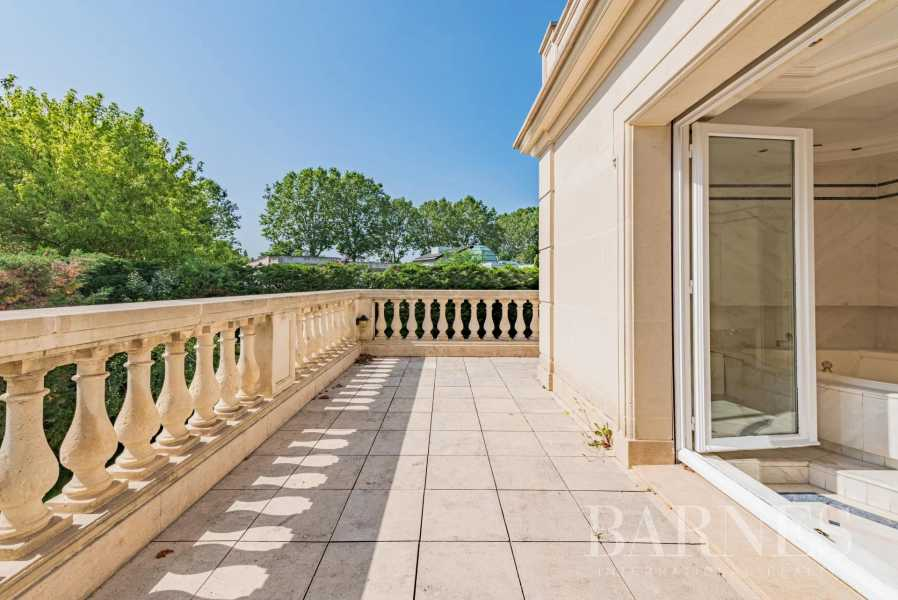 Saint-Maur-des-Fossés  - Hôtel particulier 10 Pièces 6 Chambres