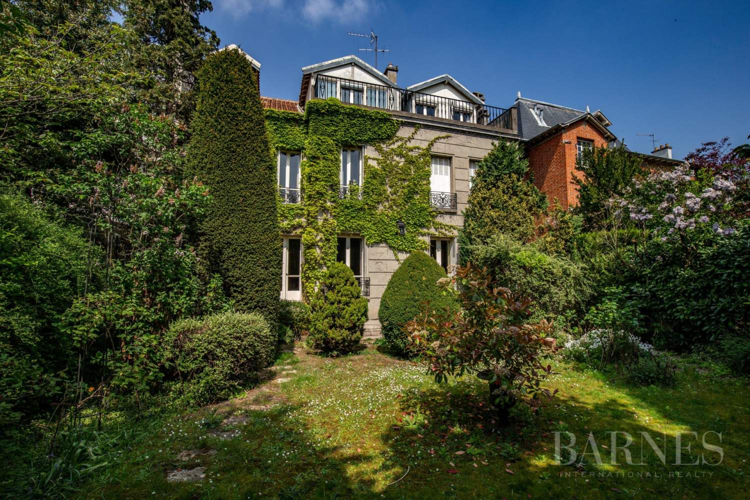 The country in PARIS - Bois de VINCENNES - Property on Rue du Docteur DECORSE picture 13