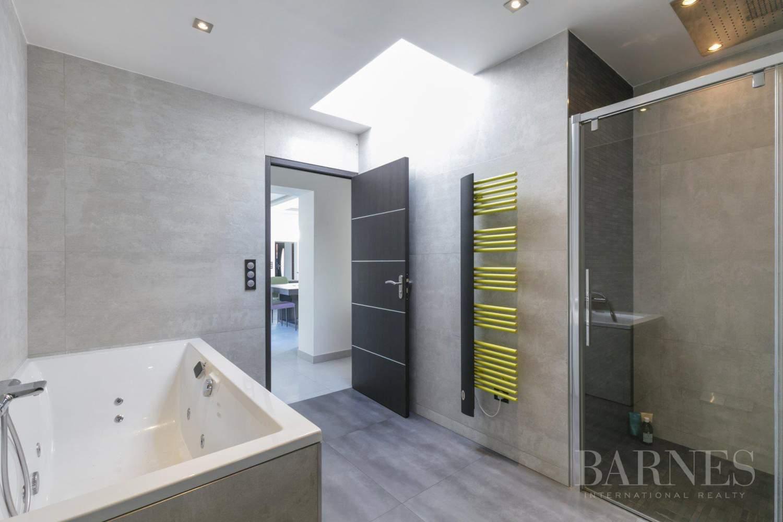 EXCLUSIVITE BARNES - SAINT-MAUR-DES-FOSSES - MAISON D'ARCHITECTE PLAIN-PIED - 155 m² - JARDIN 500 m² picture 10