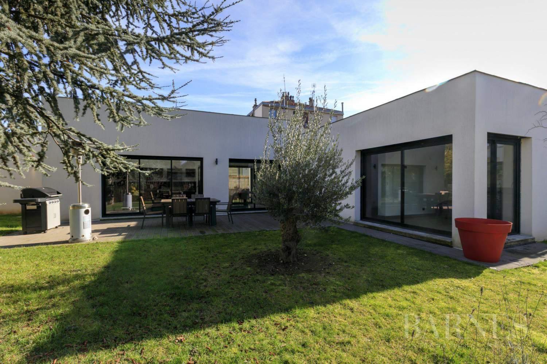 Exclusivite barnes saint maur des fosses maison contemporaine plain pied 155 m jardin - Maison prefabriquee france prix ...