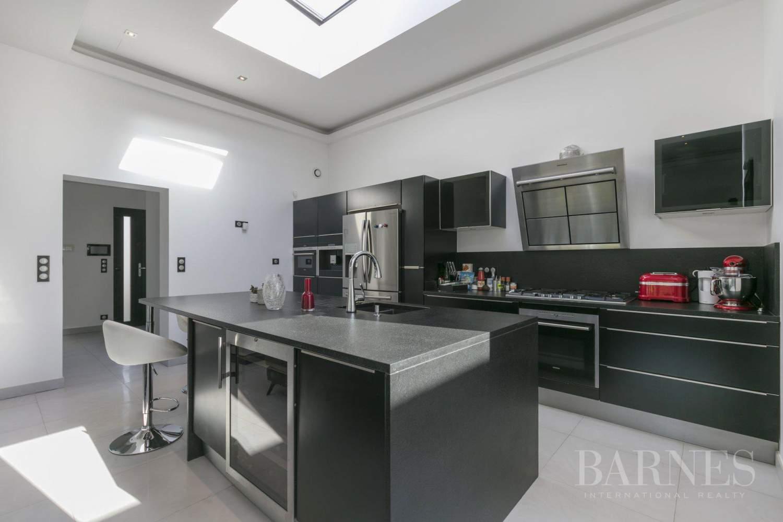 EXCLUSIVITE BARNES - SAINT-MAUR-DES-FOSSES - MAISON D'ARCHITECTE PLAIN-PIED - 155 m² - JARDIN 500 m² picture 4