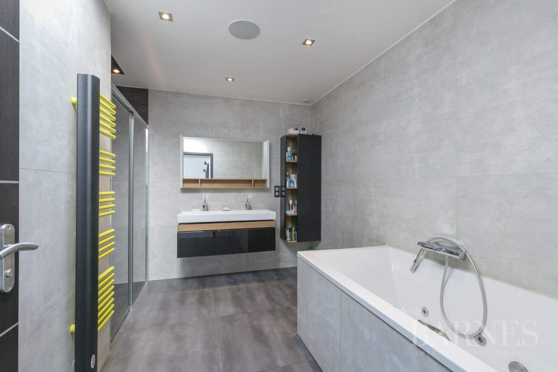 EXCLUSIVITE BARNES - SAINT-MAUR-DES-FOSSES - MAISON D'ARCHITECTE PLAIN-PIED - 155 m² - JARDIN 500 m² picture 9